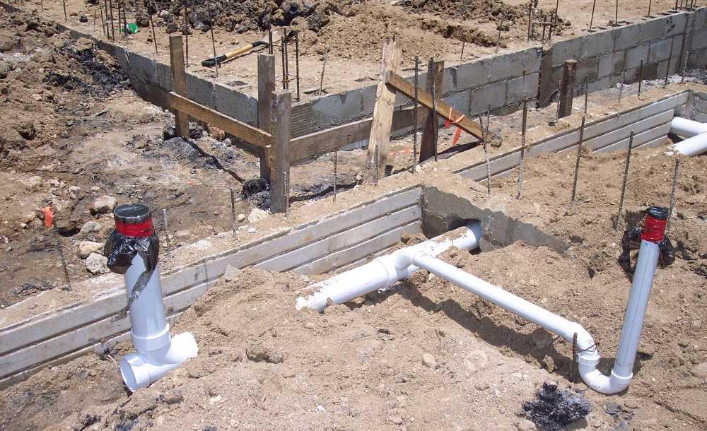 postavljanje-kanalizacijskih-odvodnih-cijevi-vodoinstalater-stricak